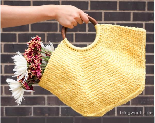 ChiWei crochet handbag free pattern